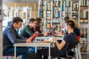 Informatikos fakulteto studentams – įspūdingos įmonių stipendijos