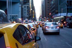 KTU profesorius apie išmaniąsias transporto priemones: skraidančių automobilių dar teks palaukti
