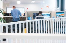 "Lyderiaujanti IT įmonė""Alna Software"" tapo Informatikos fakulteto partnere"